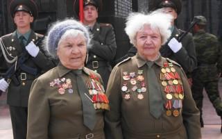 Мэр Воронежа лично поздравил ветеранов с Днём Победы