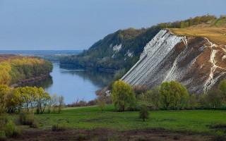 Пещерные храмы в Белогорье (Воронежская область)