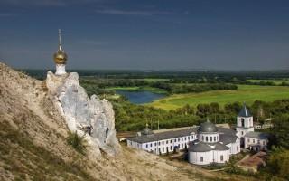 Пещерный монастырь в Костомарово (Воронежская область)