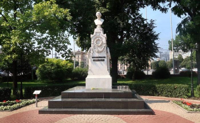 Monument to Koltsov in Koltsovsky Square