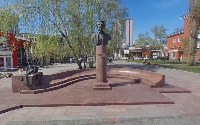 Monument to Pyatnitsky