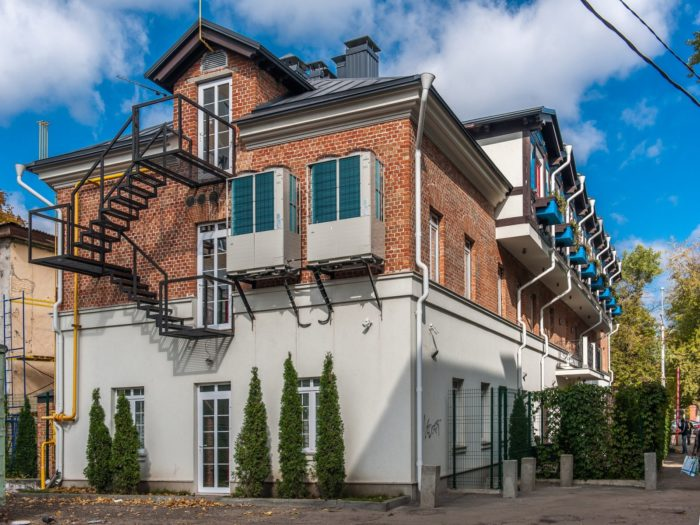 Bronzovy Kaban Hotel