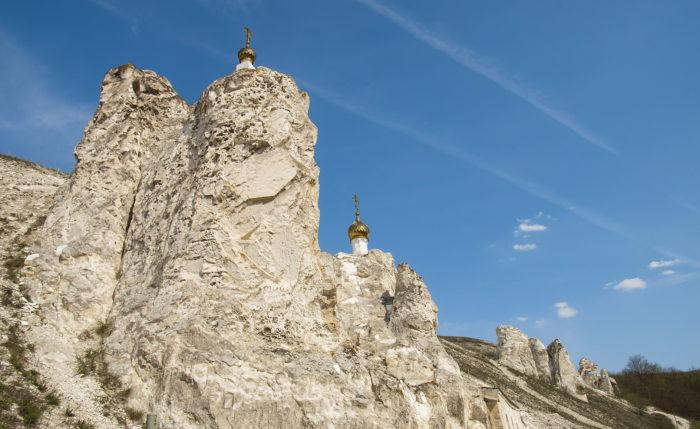 Малые Дивы - пещерный храм