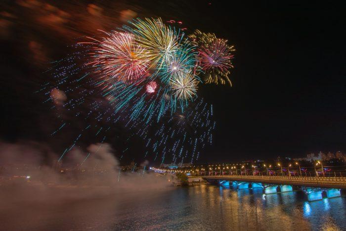 Салют в Воронеже 9.05.2019. Фото: Андрей Парфенов